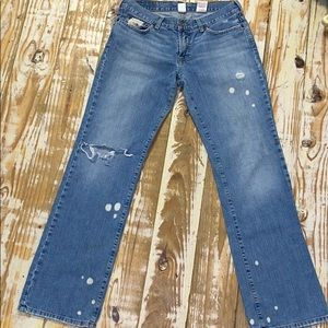 Lucky Brand Bleached/ Distressed Jeans. 6/28